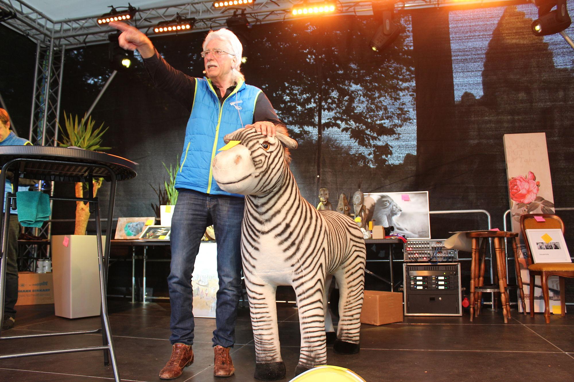Zoo Auktion